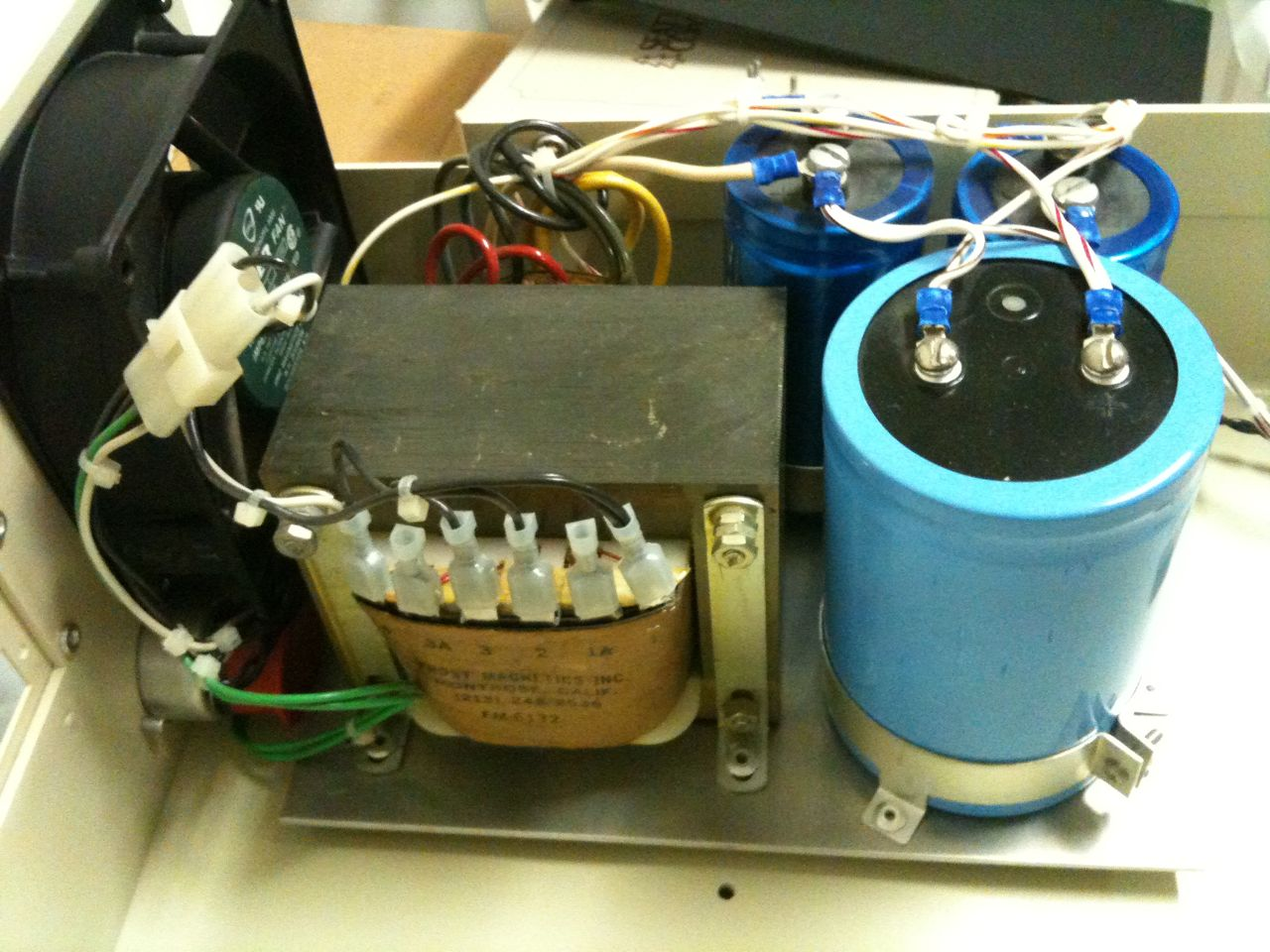S 100 Computer Unregulator Power Supply Look At The Beer Can Sized Capacitor 150000f It Is Still Intact After More Than 25 Years This A Very Basic Unregulated